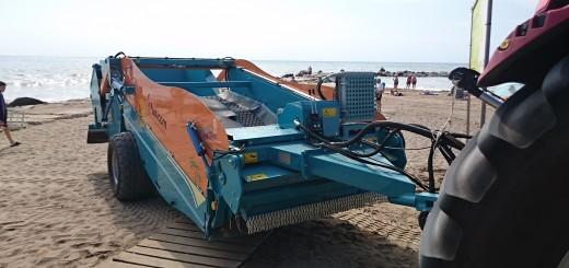 Maquina Limpiaplayas en Vinaroz