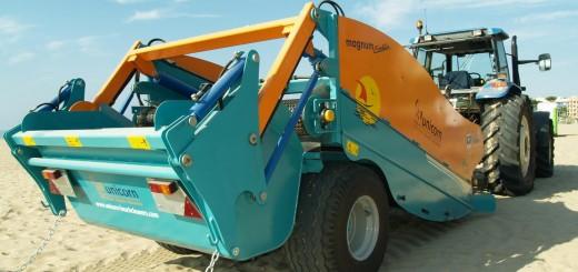 Maquina de limpieza de playas